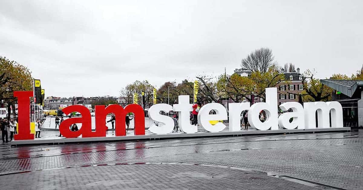 travel insurance to amsterdam